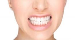Ngủ nghiến răng là bệnh gì và ảnh hưởng thế nào đến sức khỏe?