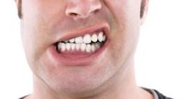 Đỗ đen hầm muối – Cách chữa bệnh nghiến răng được nhiều người áp dụng nhất