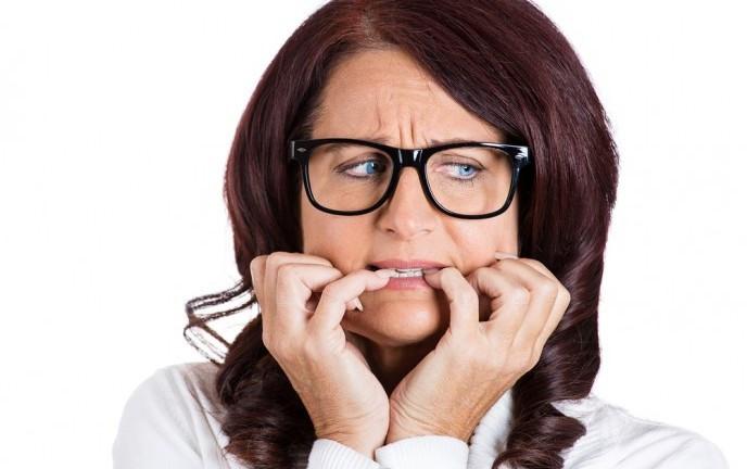 Cách làm răng bớt hô tại nhà 1