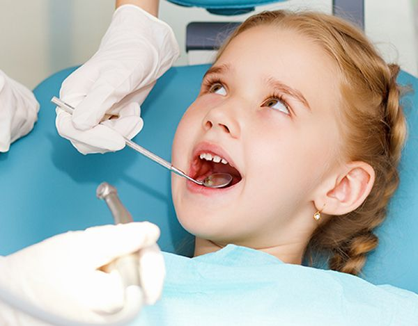 Răng mọc lệch ở trẻ em 2