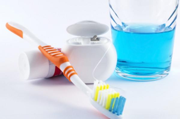 hàm duy trì sau niềng răng 5