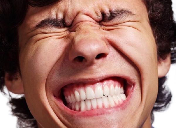 bệnh nghiến răng khi ngủ ở người lớn