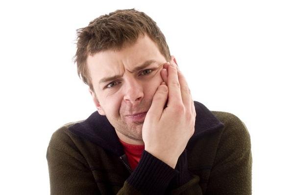 ngủ nghiến răng là bệnh gì 3